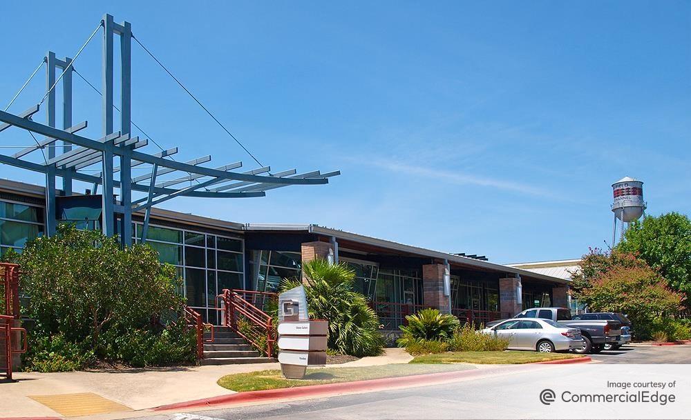 office space in Austin Penn Field, 3601 Congress Avenue
