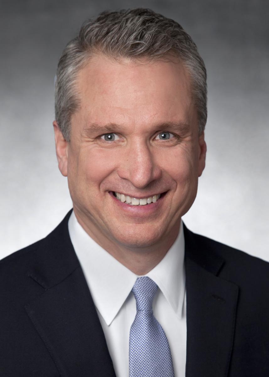 Chris Pesek headshot