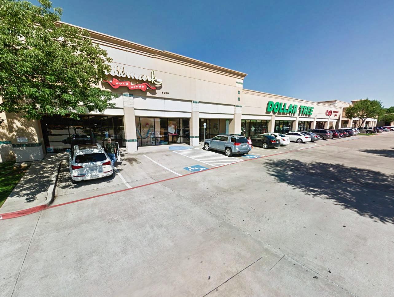 Sublett Corners Shopping Center in Arlington, Texas