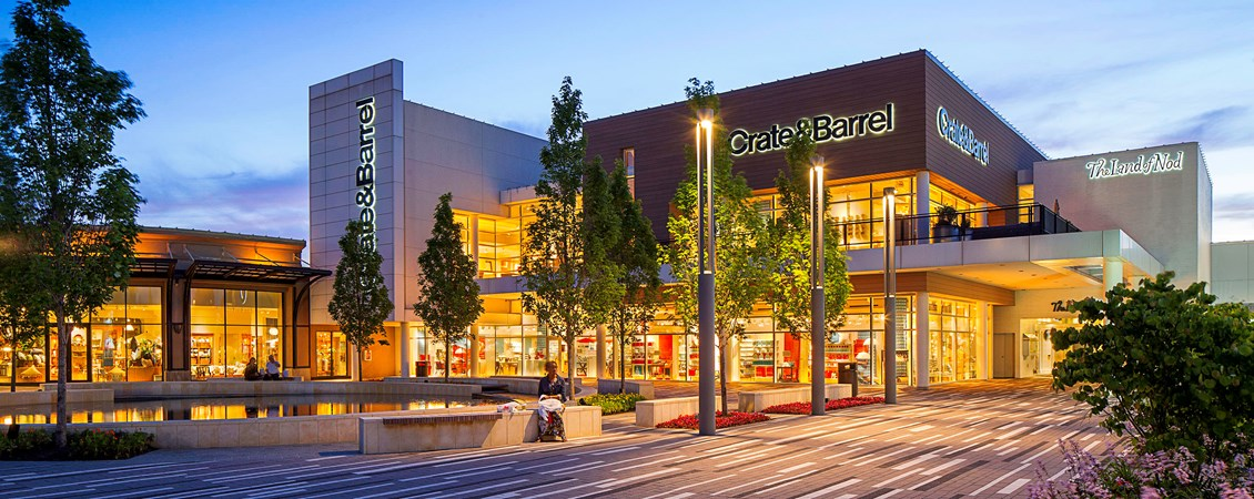 Oakbrook Center in Oakbrook, Ill., is one of the properties in which Seritage Growth Properties sold its 50 percent interest to GGP.