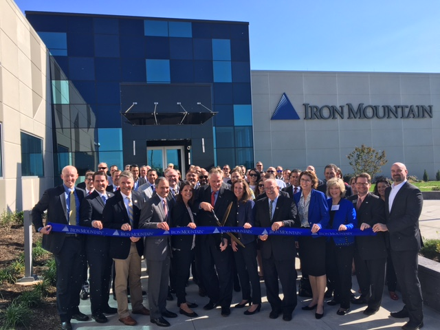 Iron Mountain celebrates the opening of its new data center