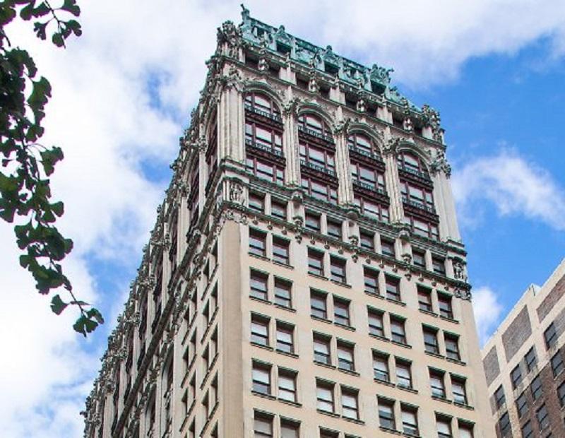 220 Fifth Avenue in Manhattan