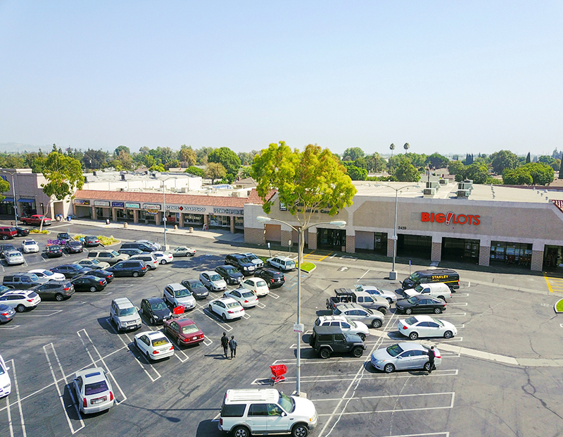 College Plaza Shopping Center