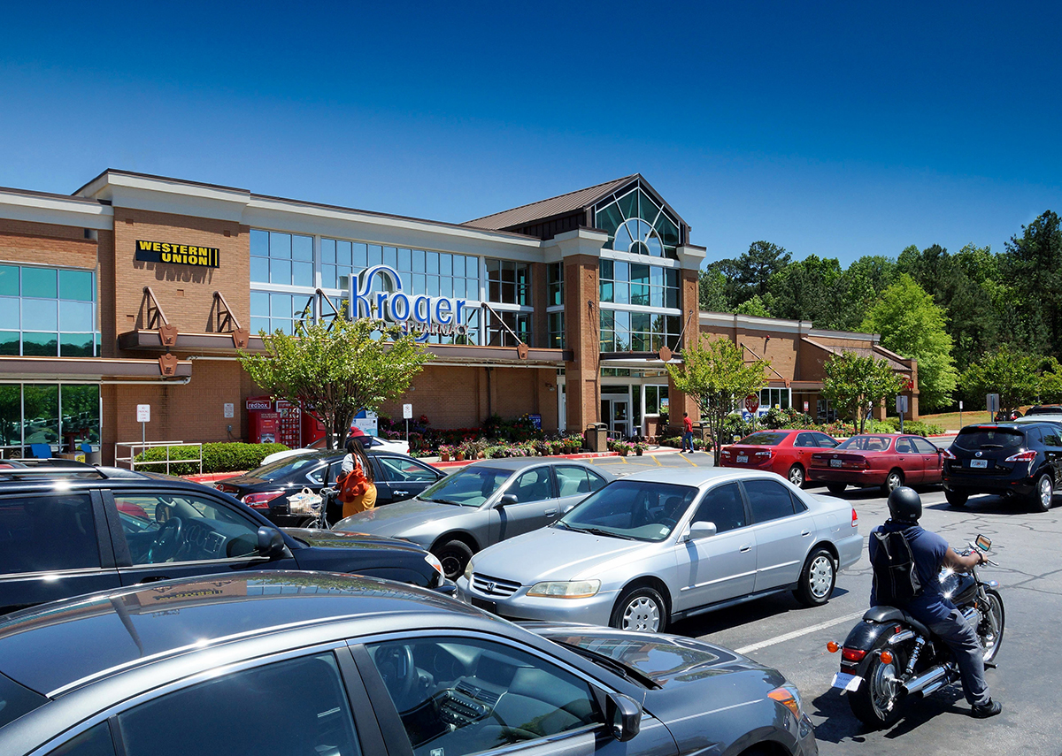 Situated in one of Georgia's fasted growing counties, Dean Taylor Crossing in Suwanee, Ga., serves a population greater than 74,100 within a three-mile radius. Major tenants of the 92,318-square-foot shopping plaza include The UPS Store, Little Caesar's Pizza and Wild Birds Unlimited.