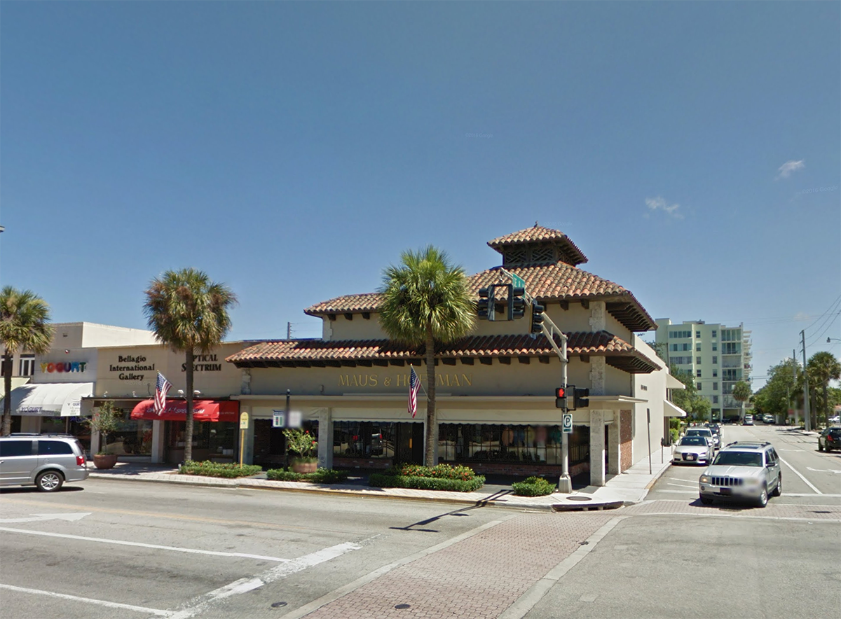 Situated within For Lauderdale's downtown, Las Olas Boulevard is one of the most long-lasting mixed-use destinations in South Florida. The property encompasses nearly 250,000 square feet of retail and commercial space, home to art galleries, restaurants, health and wellness centers and hotels.