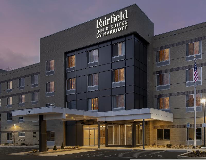 Fairfield by Marriott Inn & Suites Denver Tech Center North. Image courtesy of Marriott International