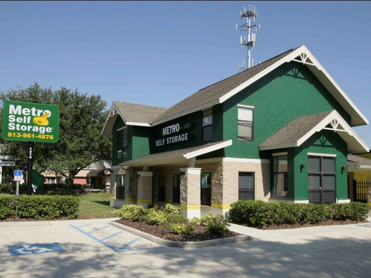 One of Metro's self storage properties in Tampa, Fla. Image courtesy of Talonvest Capital Inc.