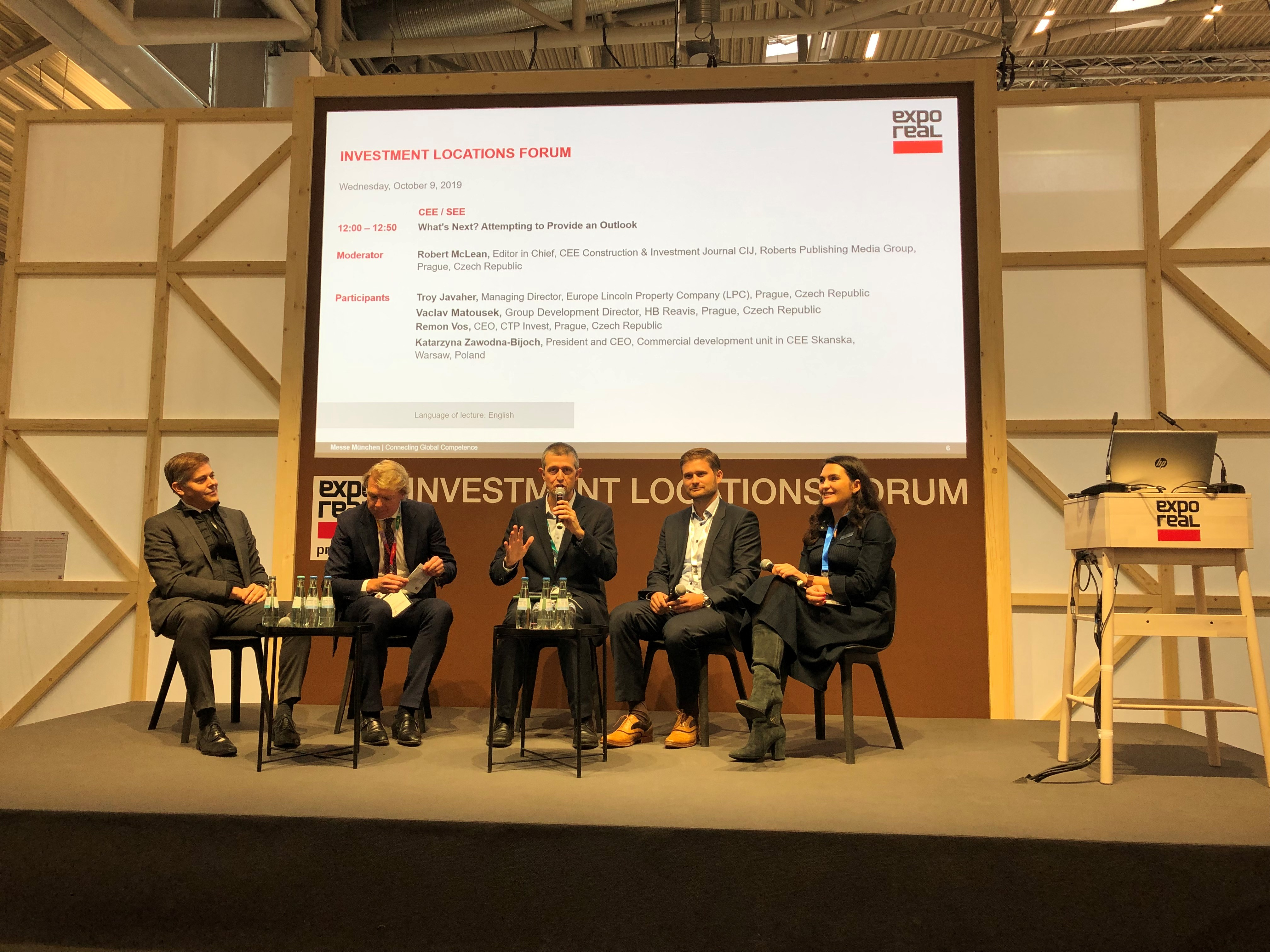 """""""What's Next? Attempting to Provide an Outlook"""" panel at Expo Real 2019"""