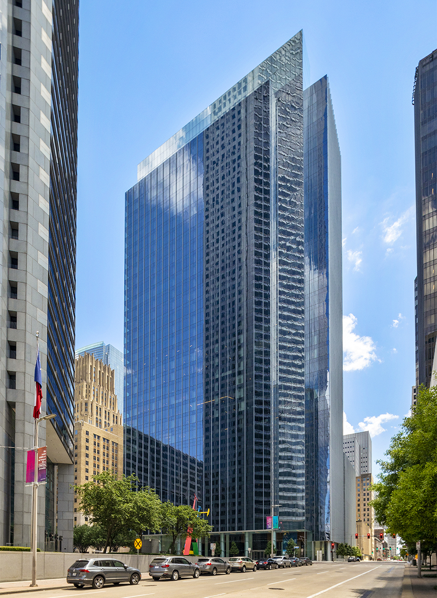 Rising 35 stories, Bank of America Tower was designed by Gensler with a high-performance facade that significantly reduces solar heat gain and contributes to its LEED Platinum certification. Image courtesy of Skanska