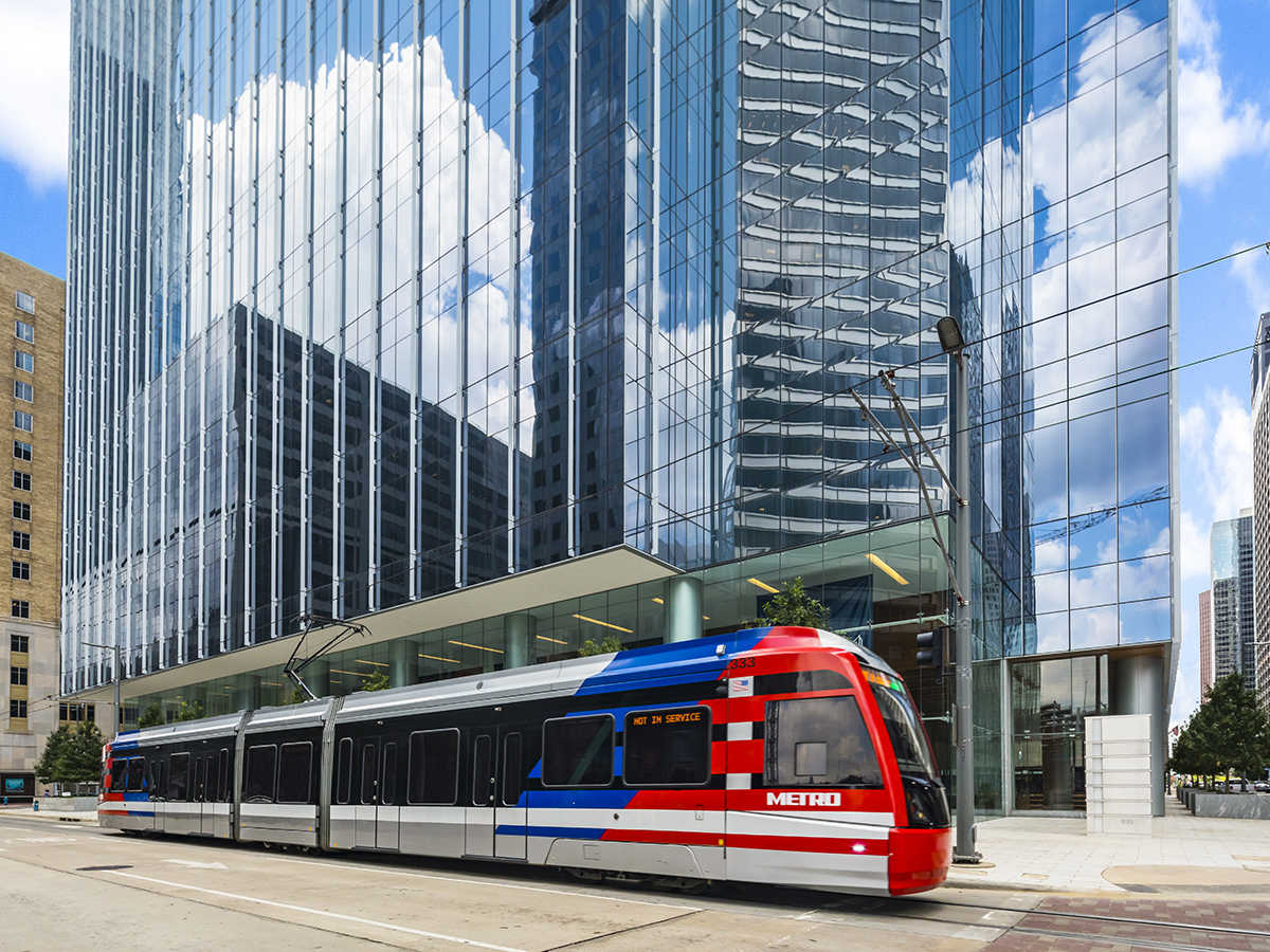 Bank of America Tower also scored LEED Location & Transportation points due to its enviable location within one block of three MetroRail stations. Image courtesy of Skanska