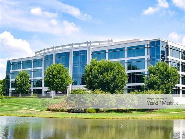 LakePointe Corporate Center 3
