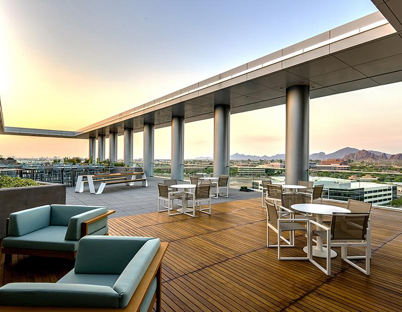 Grand2 Rooftop Deck.