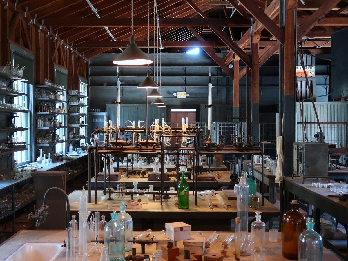 Laboratory. Image by Sieuwert Otterloo via Unsplash